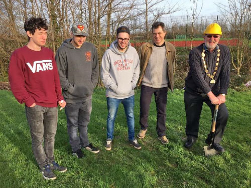Some of the young local residents key to developing the new Skatepark mark the occasion with the Mayor, Councillor Roger Avenin and the BSTC Youth Development & Participation Worker, Graham Baker.
